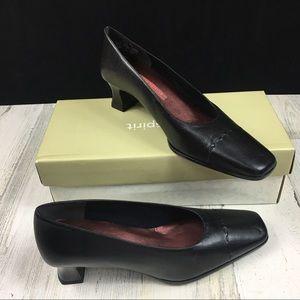 Easy Spirit Feline Square Toe Block Heel Shoes 7.5
